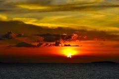 在苏梅岛海岛的日落 免版税库存照片