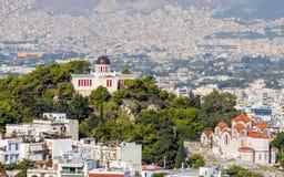 在若虫小山顶部的全国观测所在Thiseio,雅典,希腊 库存图片