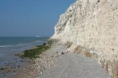 在英吉利海峡的海岸的白垩峭壁 库存图片
