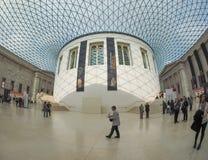 在英国博物馆的巨大现场London.The博物馆的收集的,计算超过7百万个对象,是在最大之中和最全面在世界上 库存图片