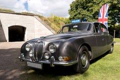 在英国马达的经典英国汽车在Karlsborg堡垒见面了 库存图片