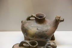 在英王乔治一世至三世时期国家博物馆-第比利斯的瓦器商品 免版税库存图片