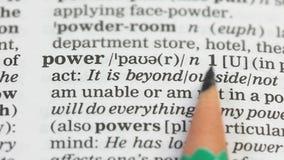 在英语字典,供选择的能源,州政府的力量词 股票视频