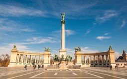 在英雄的正方形或Hosok Tere的千年纪念碑是其中一个主要正方形在布达佩斯 图库摄影