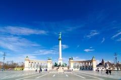 在英雄`正方形的千年纪念碑-主要正方形在布达佩斯,匈牙利 免版税库存图片