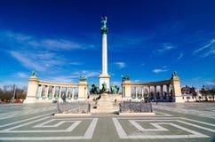 在英雄`正方形的千年纪念碑-主要正方形在布达佩斯,匈牙利 库存图片