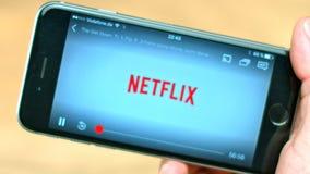 在苹果iPhone的Netflix App 影视素材
