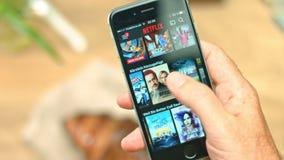 在苹果iPhone的Netflix App 股票视频