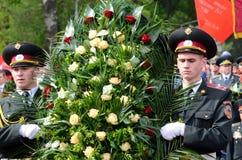 在荣耀胡同的礼仪游行致力胜利第69周年在第二次世界大战,傲德萨,乌克兰的 图库摄影