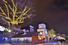 在荷兰街道的节日场面 库存照片