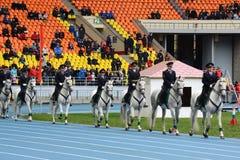 在莫斯科体育场的登上的警察巡逻 免版税库存图片