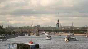 在莫斯科河的游船 影视素材