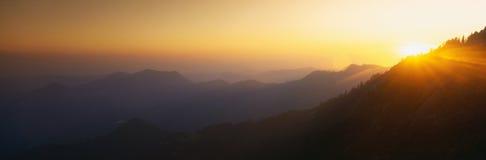 在莫罗岩石的日落 库存图片