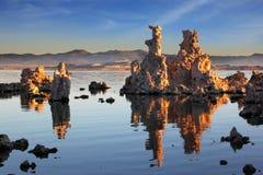 在莫诺湖的日落 库存照片
