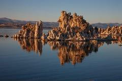 在莫诺湖,加利福尼亚的凝灰岩 库存图片