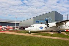 在莱利斯塔德机场附近的荷兰aviaton博物馆Aviodrome有Fokker50飞机的 库存照片