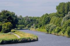 在莱利斯塔德附近的运河 库存照片