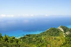 在莱夫卡斯州海岛的美好的海岸线在希腊 顶视图, gener 免版税库存图片