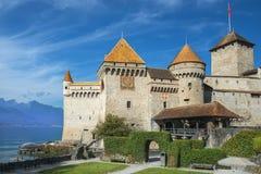 在莱芒湖防御Chillon Chateau de Chillon在蒙特勒,瑞士 库存照片