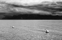 在莱芒湖,瑞士,欧洲的云彩 免版税库存照片