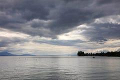 在莱芒湖,瑞士,欧洲的云彩 免版税库存图片