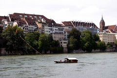 在莱茵河典型的瑞士的巴塞尔轮渡 图库摄影