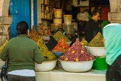 在菜市场上在索维拉,摩洛哥 库存图片