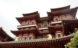 在菩萨牙R的美丽的中国文化建筑学寺庙 免版税库存照片