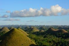 在菲律宾,在巧克力小山的日落环境美化在保和岛 免版税库存照片