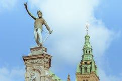 在菲特列堡宫殿的雕象在丹麦 免版税库存图片