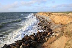 在菲英岛海岛,丹麦上的田园诗海边 库存图片