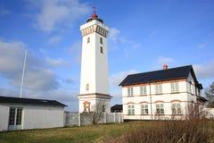 在菲英岛海岛,丹麦上的Helnaes灯塔 库存照片