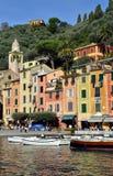 在菲诺港港口,利古里亚,意大利的看法 库存图片