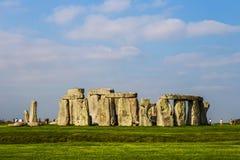 在萨利飞机的巨石阵纪念碑 免版税库存照片