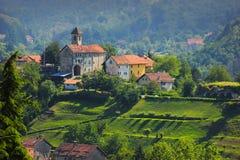 在萨塞洛村庄的全景 库存照片