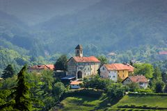在萨塞洛村庄的全景 免版税库存图片