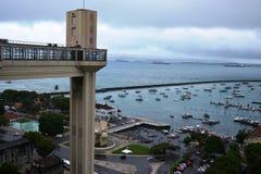 在萨尔瓦多,巴西举lacerda 免版税库存图片