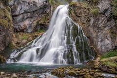 在萨尔茨堡, Golling阿尔卑斯附近的瀑布 图库摄影