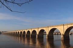 在萨斯奎汉纳的桥梁在哈里斯堡 免版税库存图片