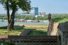 在萨瓦河和贝尔格莱德的看法 免版税库存照片