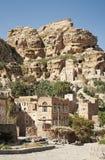 在萨纳村庄也门也门附近的山 免版税图库摄影