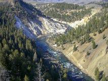 在落矶山脉的一个峡谷 免版税库存图片