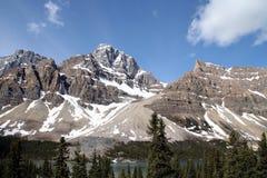 在落矶山脉的山-西方加拿大 库存照片