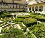 在著名琥珀色的堡垒里面的庭院 免版税库存照片