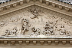 在著名Karls kirche的建筑细节在维也纳 库存图片