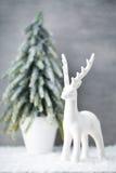 在葡萄酒样式的圣诞节背景 2007个看板卡招呼的新年好 库存图片