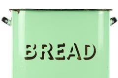 在葡萄酒20世纪30年代绿色搪瓷面包柜一边的字词 免版税图库摄影