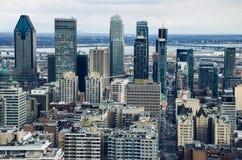 在蒙特利尔的接近的看法街市从皇家的Mont 库存照片