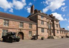在蒙茅斯城堡威尔士英国旁边的团博物馆 免版税库存图片