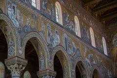 在蒙雷阿莱大教堂里面的基督壁画在巴勒莫附近 免版税图库摄影